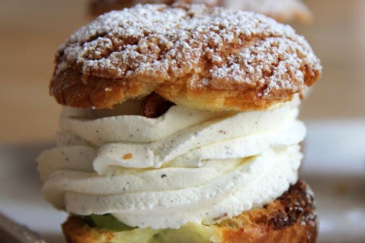 Tous les secrets de la pâte à choux. 1 boisson chaude ou un jus inclus